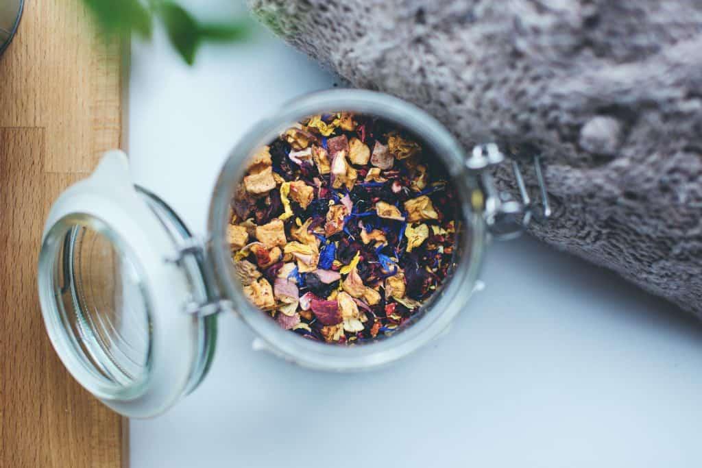 jar of tea for moms